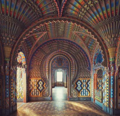 """Un buen ejemplo de la arquitectura árabe - pero en un castillo italiano. """"Estas habitaciones fueron diseñadas y pintadas por un hombre que tuvo visión para construir un castillo tan bonito y abrir en él un hotel"""""""