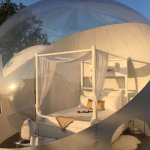 Dormir bajo las estrellas en una burbuja sostenible