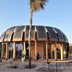 Sunimplant, un edificio sostenible en África hecho a partir de la planta de cáñamo